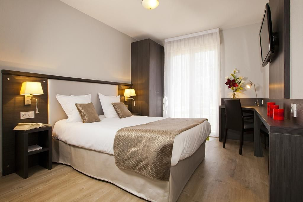 Hotel-residence-deux-etoiles-is-aix-provence