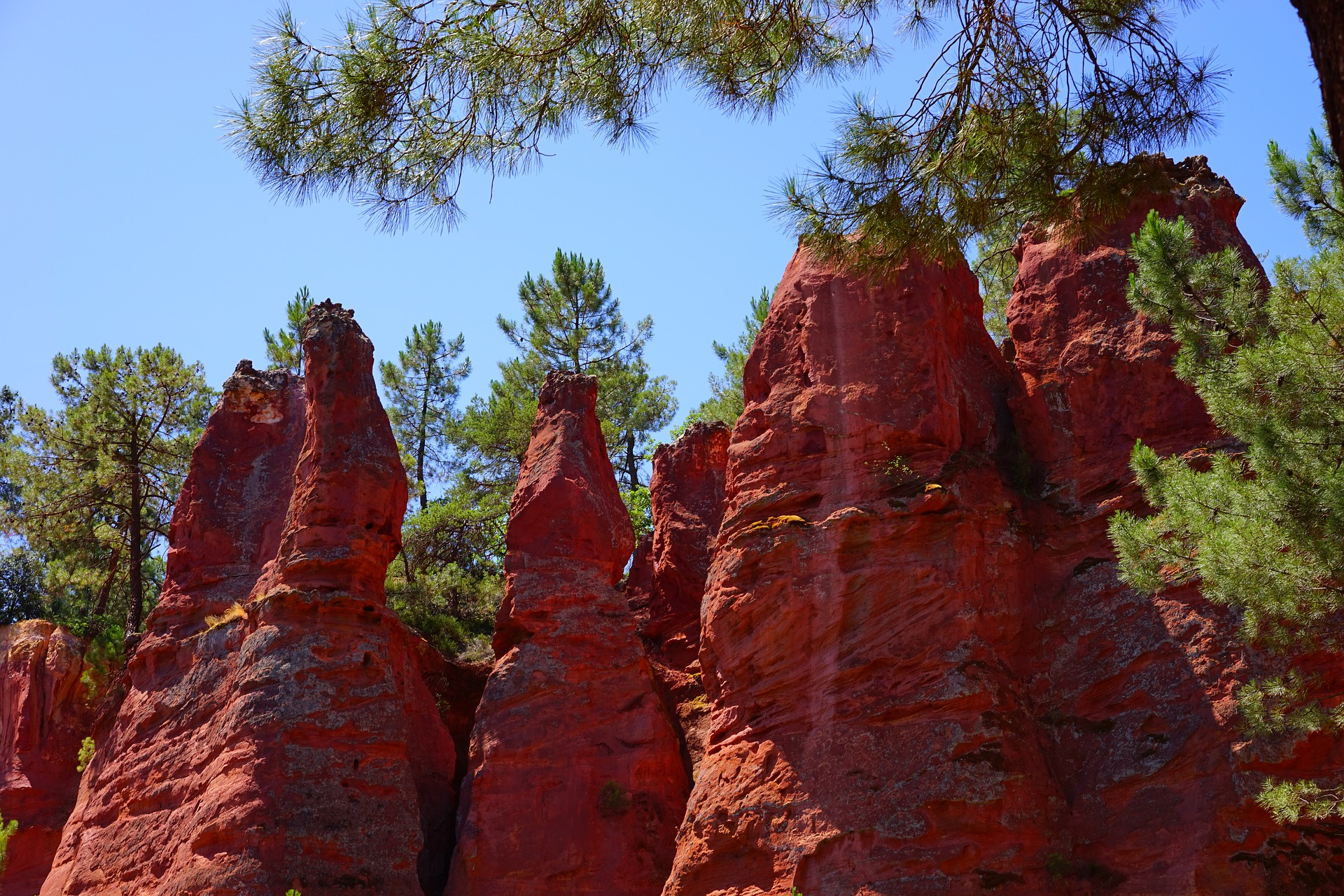 Rocs ocres de Roussillon