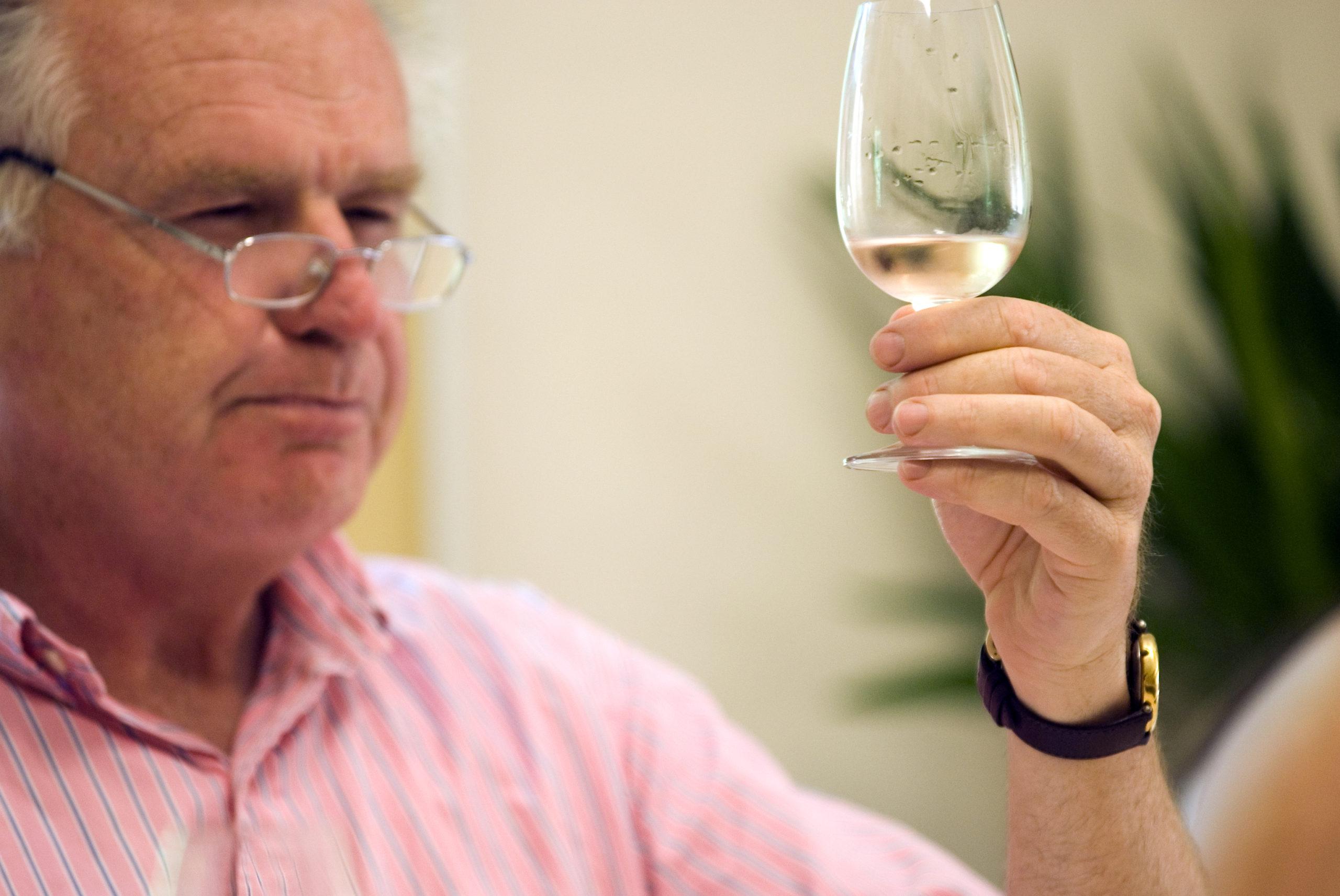 Wine tasting at IS Aix-en-Provence